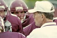 Augsburg men's football coach with players, 2001